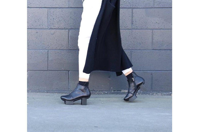 נעלי טריפן שחורות