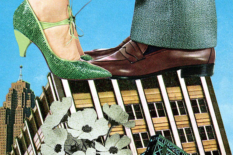 יוג'ינה לולי - קולאז' של נעליים גבריות ונעליים נשיות, האישה עומדת על קצות האצבעות מעט