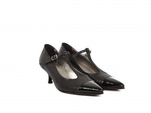 שומייקר - נעליים שחורות לנשים