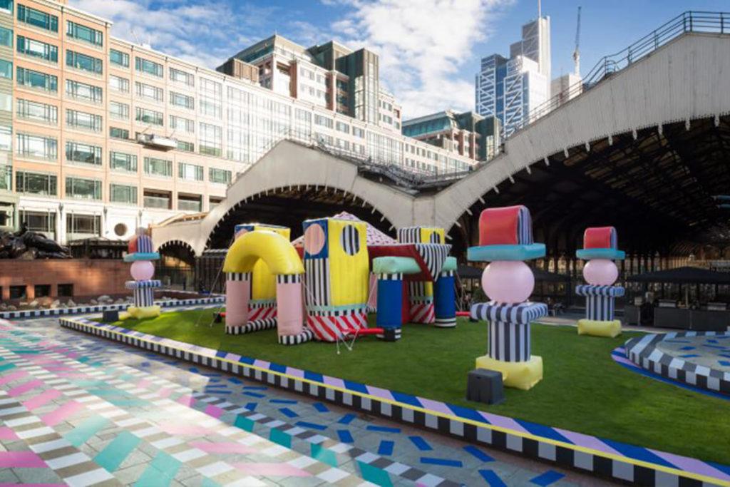 המיצב של קמיל וואהלהלה בשבוע העיצוב בלונדון